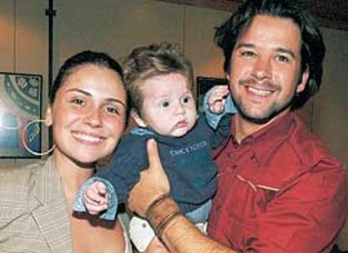 Сын, ведущих актеров сериала Клон, вырос красавцем